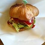 ティーズ - 料理写真:ハンバーガー