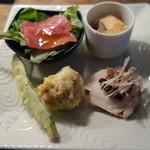 文楽 東蔵 - 料理写真:前菜4品