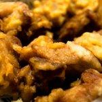 居酒BARひだまり - 人気の鶏の唐揚げ