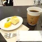 24/7 coffee&roaster - 濃厚クリームチーズケーキセット