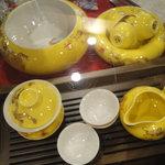 神戸岩茶荘 - 茶器もいっぱい