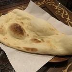 アナム本格インド料理 - ナンは1回おかわり無料です