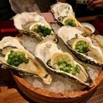 魚屋 うきうきらんらん 三鷹 - 生牡蠣(480円)