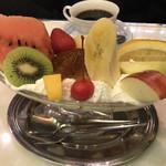 96189282 - 季節外れのフルーツもそう思わせない甘さとジューシーさに参りました