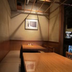 石臼挽き手打 蕎楽亭 - 奥のテーブル席