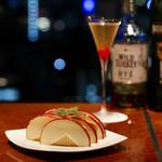 マルコポーロ - りんごチーズとドライ・マンハッタン