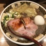 すごい煮干しラーメン凪 -