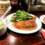 バルコス - この日の週替わりランチの「鶏モモのコンフィ〜ポルチーニとマッシュルームソース」