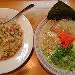 豚珍館 - ラーメン・焼飯セット750円