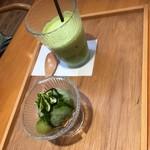 抹茶庵けんしん - ランチセットB抹茶ラテと抹茶ミニパフェ