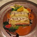 レストラン ツジ - ベーコンで巻いたサンマ、焼きナス、ポテトのテリーヌ
