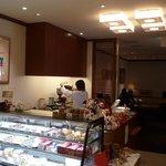 カフェレジャン珈琲舎のだ - 博多阪急6階にあります。