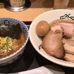 松戸富田麺業 - 濃厚特製つけ麺(大)