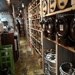 96213700 - セルフで飲み放題の樽ワイン&樽ビール