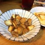 喜来楽 - マコモダケと豚肉・干しエビの炒め、生メンマの辣油和え