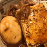 三六 - どて煮込みの玉子と豆腐