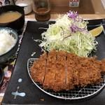 とんかつ ふる味 - 料理写真:上ロースかつ定食1500円