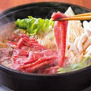 【季節の鍋料理】プチ贅沢和牛のすき焼き、ふぐ鍋、ぼたん鍋など