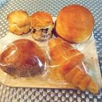 Ecru - スコーン×2 たまごパン 塩パン 栗あんぱん
