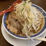 豪ーめん - 料理写真:醤油豪ーめん 中 760円