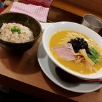 96250156 - 濃密・雲丹らぁ麺 生雲丹・鶏白湯仕立て&鯛めし