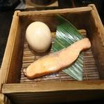 盛楽苑 - 鱒と玉子の蒸し焼き