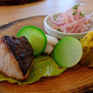 味道広路 - 料理写真:メインのプレート(お魚たち)