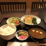 鶴べ別館 - 甲羅揚げ定食       ¥900-