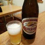 菱田屋 - キリンラガーで乾杯