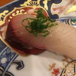玄海鮨 - カンパチですね