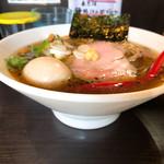 麺処 夏海 - 味玉豊穣清湯醤油ラーメン 850円