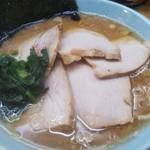 西山家 - 料理写真:チャーシューメン(多め、濃いめ、硬め)