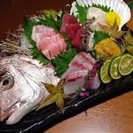 96277792 - ◆鮮魚の豪華五点盛り合わせ 1,490円(税別)