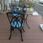キャニス・ミノール - テラス席。6つのテーブルがありました。狭いながらも雰囲気はいいです(^。^)