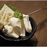 鮮魚と日本酒 魚ぽん大蔵 - カニ味噌チーズ 680円