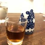 海員閣 - 老酒一合700円、中華料理には中華の酒が実に合うのだ