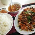 八仙居酒楼 - バンバンジー定食四川ソース。冷製なのに汗かく辛さ。
