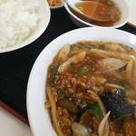 八仙居酒楼 - マーボーナス定食