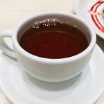 96298534 - ドリンクバーは紅茶、コーヒー、ソフトドリンク揃っています( ^ω^ )