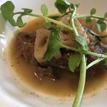 Osuteriaramante - 豚ホホ肉とレンコンの煮込み