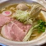 麺屋NOROMA - 鶏そば   味玉トッピング!   白湯スープにツルツル麺が美味しい❤️