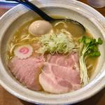 麺屋NOROMA - 赤身の綺麗なレアチャーシューも甘いですよ(^O^)