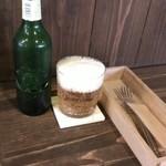 パンとお菓子 まるふじ - ドリンク写真:wineがあったらなぁ…