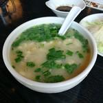 Ippinhinabe - カキと酸菜パールスープ