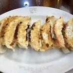 満洲園 - 料理写真:ギョウザ