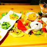 旨味食堂 べじ吉 - 野菜たっぷり前菜7種盛り合わせ サラダ仕立て