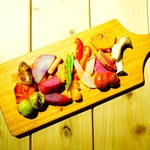 旨味食堂 べじ吉 - 蒸し野菜と焼き野菜の絵画盛り