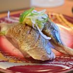 丸忠海転寿司 ABRI - 料理写真:炙り秋刀魚