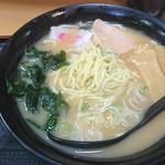 名代 富士そば - 中細麺