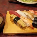 あめみや - 料理写真:並寿司